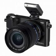 三星 NX210 微型单电套机(18mm-55mm)(黑色)