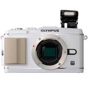奥林巴斯 E-P3 微单套机 白色(M.ZUIKO DIGITAL 14-42mm f/3.5-5.6 II R 镜头)