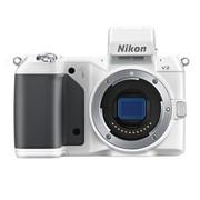 尼康 V2 微单机身 白色(1425万像素 3英寸液晶屏 连拍15张/秒)