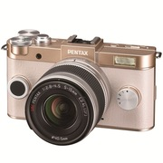 宾得 Q-S1 微型可换镜头相机(5-15/F2.8-4.5)金色*奶白
