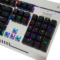 三巨 SKU833 机械键盘银黑色RGB水晶青轴标准版产品图片3